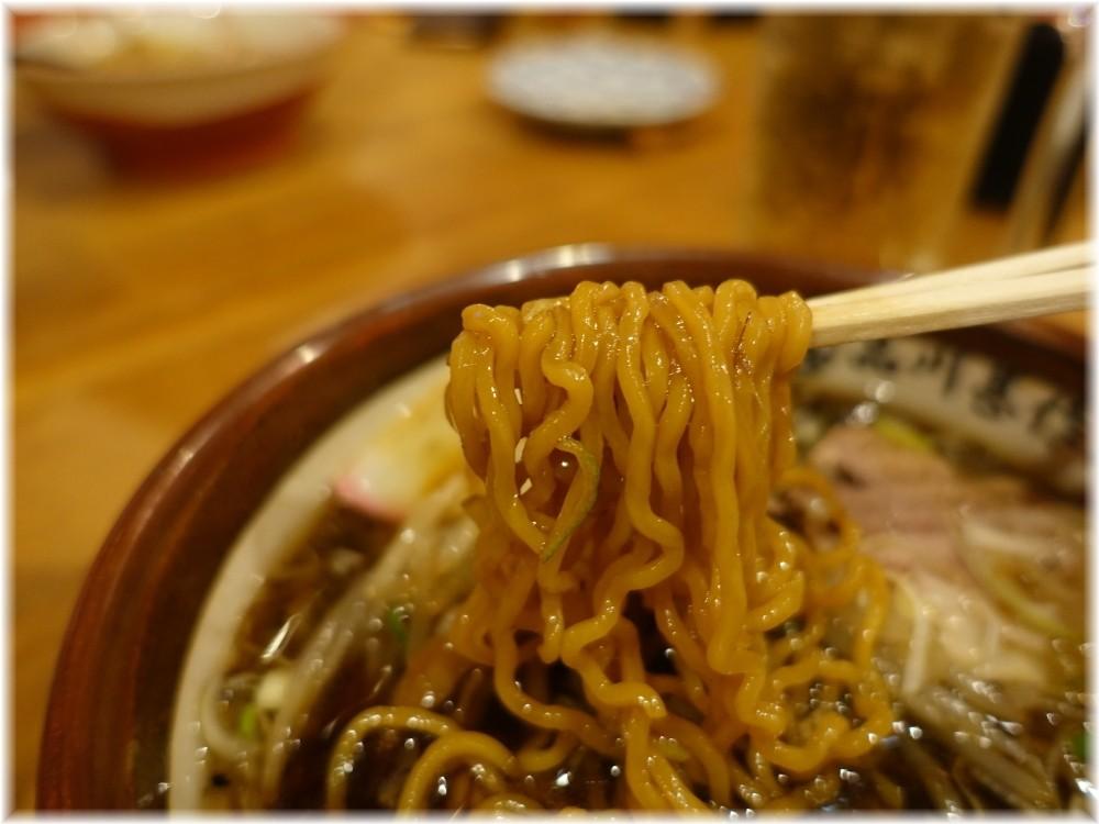 甚作ワッショイ酒場2 醤油ラーメンの麺