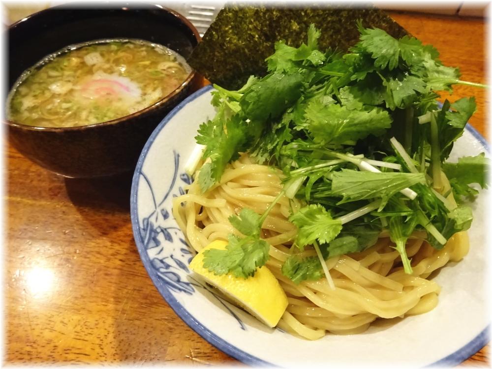 太龍軒7 パクチーつけ麺