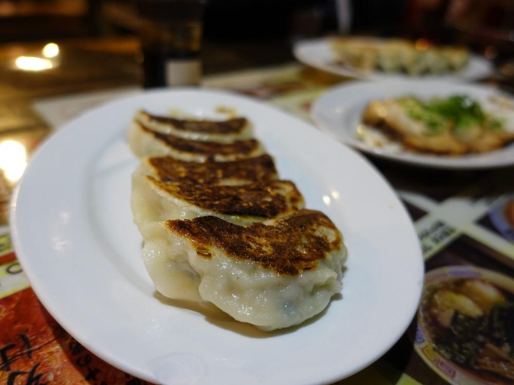 石川家2 餃子
