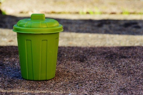 garbage-can-1111448_640
