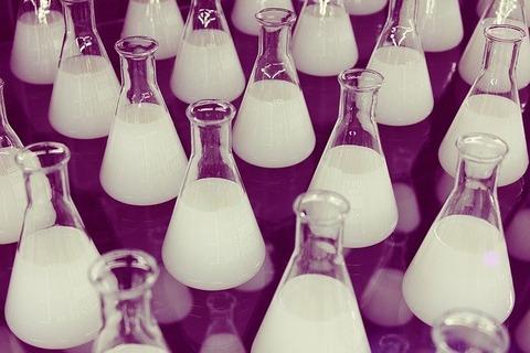 flasks-606611_640
