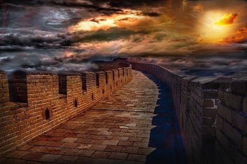 wall-4055548_640