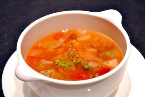 野菜スープの写真