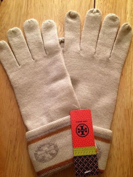 トリバーチ手袋