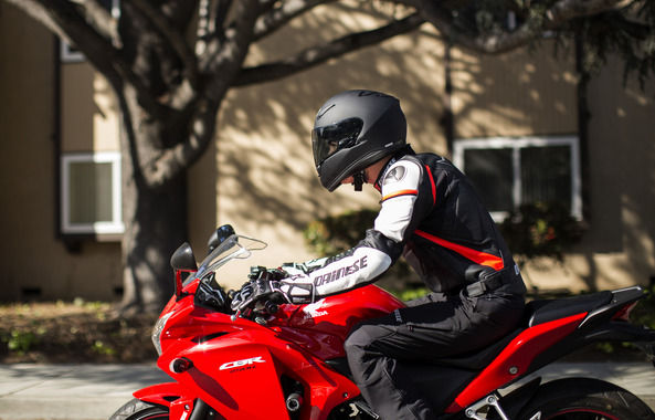 250ccで夏にも冬にも高速にも街乗りも快適なバイク教えてくれ