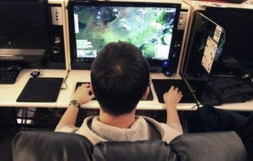ゲームのレベル上げやアイテム取得を代理で行い金を稼ぐ若者が増加 月収20万円