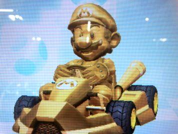ニンテンドースイッチ 「マリオカート8デラックス」 ゴールドマリオ参戦を確認!シリーズ最多40体以上のキャラクター、48種類のコース!!