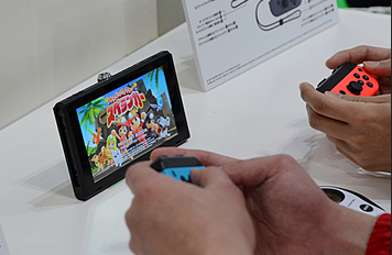 新型コロナ・外出自粛影響で家庭用ゲーム機の売り上げ急増!「家でゲームをやろう」WHOも推奨キャンペーン