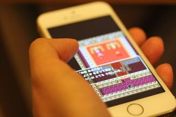 【速報】ゲーム市場は据え置きも含めて拡大傾向、唯一携帯機市場のみが消滅寸前へ