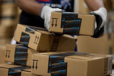 Amazon商品レビュー 「届くのが遅かったので☆1です」 ←なんなの?