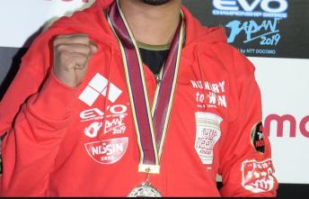 【驚愕】格闘ゲームの祭典『EVO Japan』にて無名のパキスタン人選手が優勝!衝撃コメントに会場騒然 「僕の国にはもっと強い人があと7人いる」