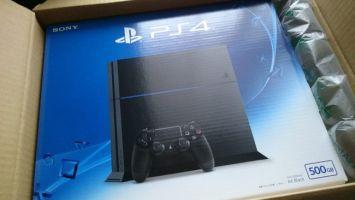 新型PS4買ったよ! 「静か」「PSストアがスムーズ」「すべてが快適」