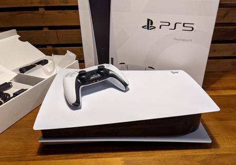専門家「PS5が国内100万台達成したが、供給が十分なら今頃300万台突破していた可能性もある」