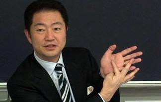 スクエニ・和田会長「業界は先にやった奴が勝つ。最後発は地獄、最高のゲームを出して勝率1割未満。30年同じ事やってんだから学習しろ」