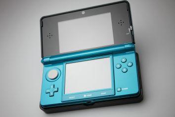 【朗報】まだまだ現役、3DSに5月 独占新作登場!!!