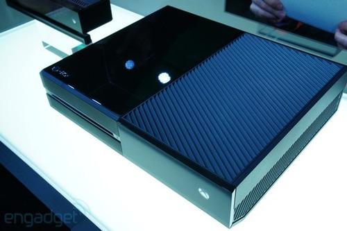 """【驚愕】マイクロソフトが2019年に""""ディスクレス版Xbox One""""を出すらしい"""