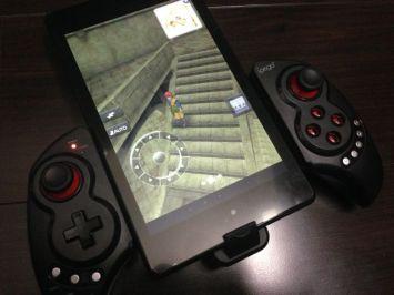 Bluetooth接続でスマホ・タブレットゲームを快適操作可能にしてくれる伸縮ゲームパッド「iPega PG-9023」が凄い!!