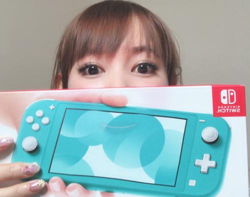 【朗報】中川翔子さん、Switch Liteを購入する
