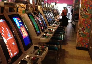 「ゲームセンターは不良のたまり場」という言葉を聞いて現代の若い人は驚く