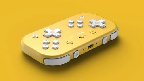 【朗報】「Nintendo Switch Lite」向けに設計された2つの十字キーを搭載する無線コントローラーが8BitDoより発表!!