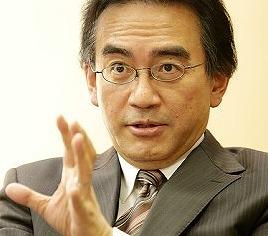 岩田社長 「WiiUはこのままで終わりとは思っていない」 「スマホには物理的なボタンがない。 『スーパーマリオ』などを楽しく遊べない」