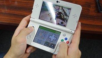 三大3DSの名作「モンハン3G」「バイオリベ」「スパロボUX」あと一つは?