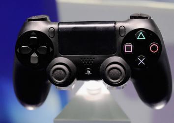 【衝撃の事実】1億台売れた「PS4」、ソフトはダウンロード派が半数以上なんだって