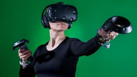 メディア「VRは失速している」 HTC「バカ言ってんな、今は最高の売れ行きで完売状態にある」