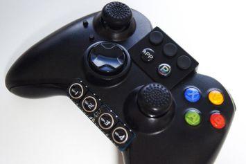 お前ら、ゲームコントローラーのボタン数足りてる?満足してる?