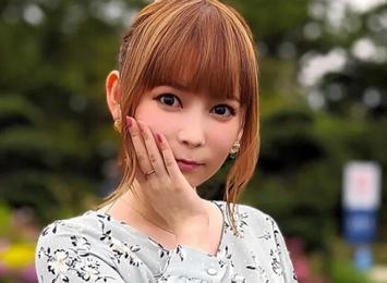 【悲報】中川翔子(35)「『ウマ娘』をインストールした後に食べる馬刺しはウマ!い!」