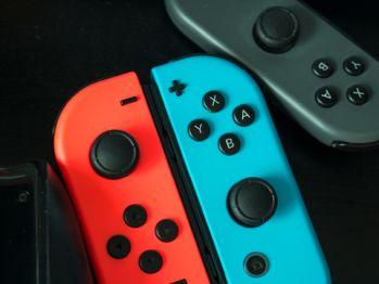 【朗報】Nintendo Switch 新モデル2019年8月下旬リリース お値段据え置きでバッテリー強化