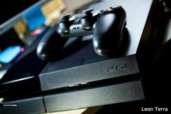 海外メディアが分析 「XboxOneの失敗抜きにPS4の好調の理由は語れない」