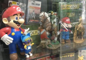 パリには懐かしのレトロゲームを売るゲームショップが密集した通りがある