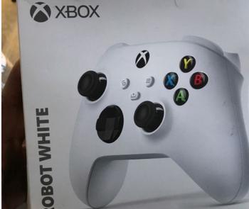 【悲報】次世代Xboxが低性能モデルでPS5の足を引っ張る事が確定してしまう