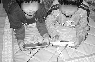 ネットやゲームのやりすぎは特に子どもに悪影響!うつや孤独感、攻撃性が1時間毎に増加するとの調査結果!!