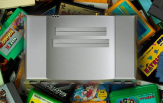 アルミ削り出しのスタイリッシュなファミコン・NES互換機が登場!中身もRGB出力・Hi‐Fi仕様と高級品!!