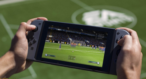 FIFA18プロデューサー「皆さんネガキャン間に受けてないで、ぜひ実際にプレイしてみてください」