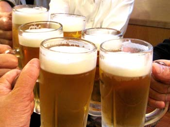 13 ビールで乾杯s