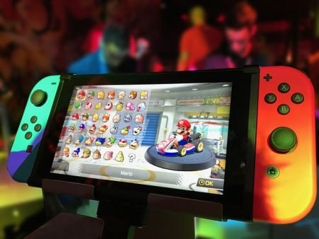 任天堂信ユーザー「Switchはスリープ復帰が1秒!」俺「PS4は1秒もかからんのだが… 」