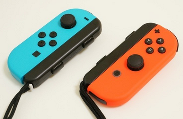 【急募】Switchのジョイコンが勝手に動く現象の直し方教えて下さい