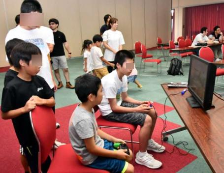 【神企業】任天堂、台風避難所の子どものストレスを減らすためにSwitchとスマブラを投入!子どもの歓声が響く
