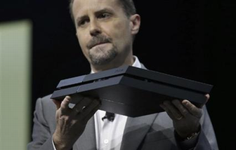 SCEアンドリュー・ハウス社長 「PS4の日本販売推移は想定通り。今年は強いタイトルがあるし、PS3の実績を上回る自信はある」