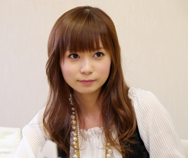 中川翔子さん 「スマホ版ドラクエ3ゲット!」「ラーミアゲット!」「iPhoneアプデしたらデータ消えちゃったよー!」→ネット民「いろいろ嘘乙」 また炎上へ