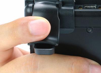 3DS LLのLRのボタンに装着して操作性UP! 新アタッチメント登場
