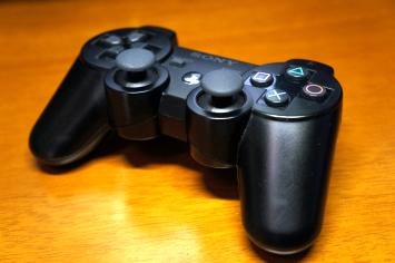 遂にPS3コントローラー壊してしまった… ゲームにキレる破壊衝動、どう対処すればいい?