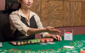 【特集】人気急上昇、本場カジノをそのまま自宅でリアルタイム体験できる「ライブカジノ」とは!?
