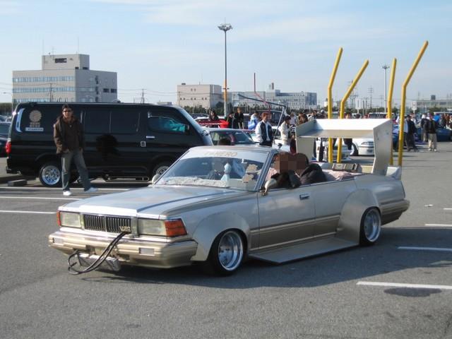 俺がオタク共にかっこいい車-001