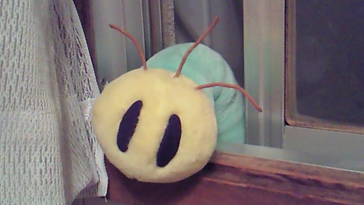 デカイ青虫が出たwwww-001