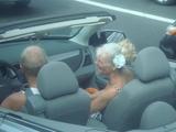 シャトルバスから見かけたハワイのかわいいおばあちゃん