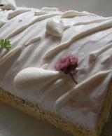 グーテドママンの桜のロールケーキ